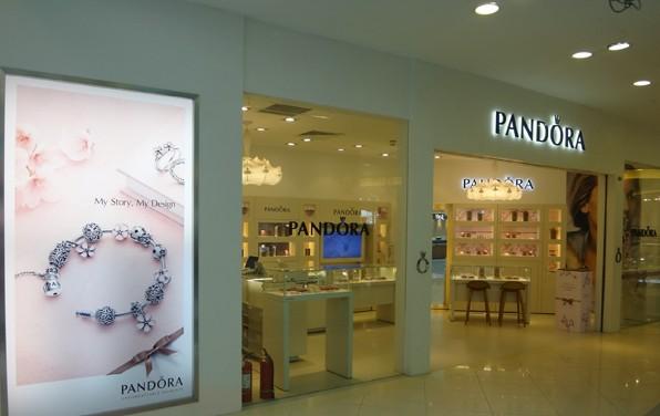 [珠宝包装]新东安pandora珠宝首饰店店铺设计